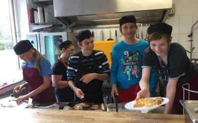 Kochprojekt: Wir kochen für die ganze Schule